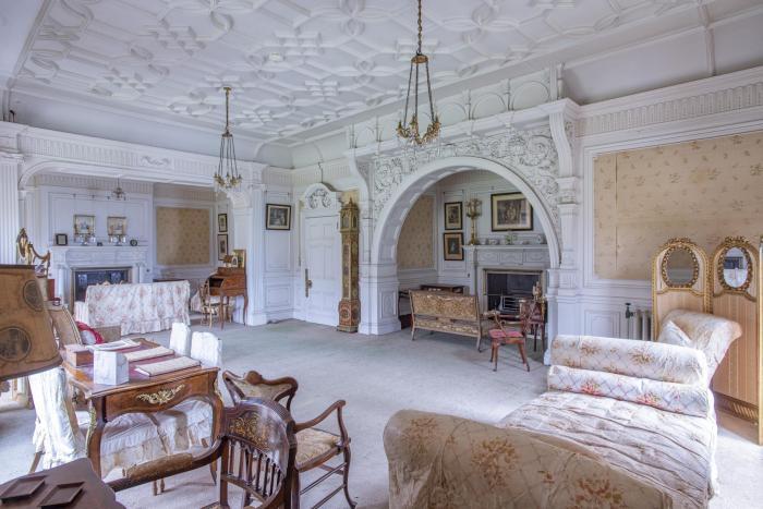 Castel vechi de 120 de ani, scos la vânzare pentru 1 liră sterlină. Viitorul proprietar trebuie să respecte o singură condiție