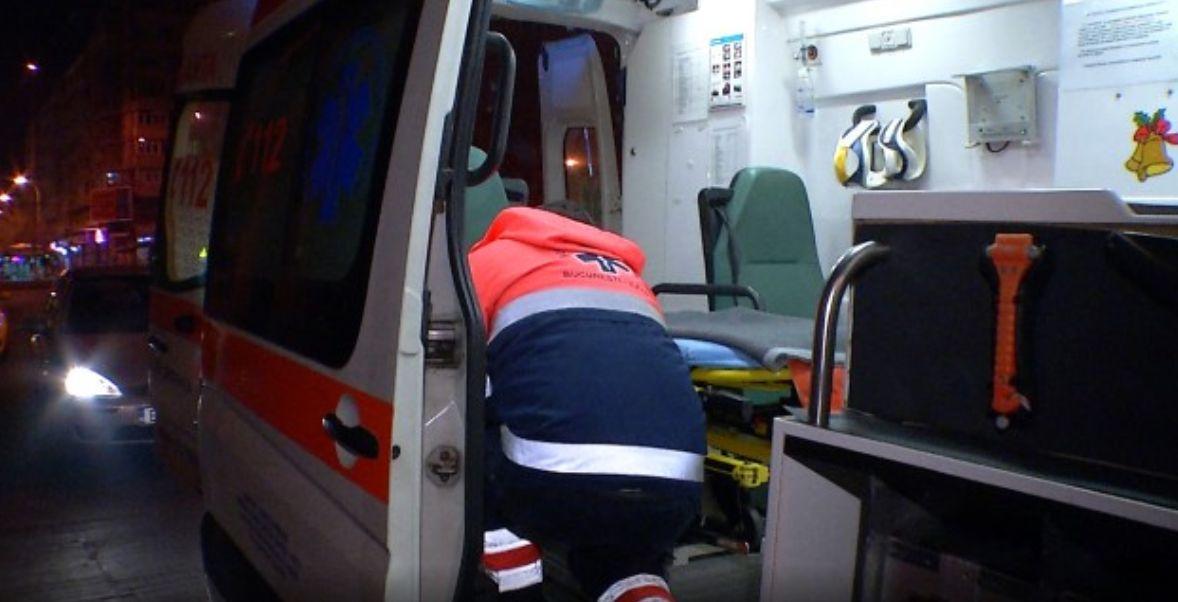 Copil de 13 ani înjunghiat pe o stradă din sectorul 4 din București. Agresorul are 14 ani