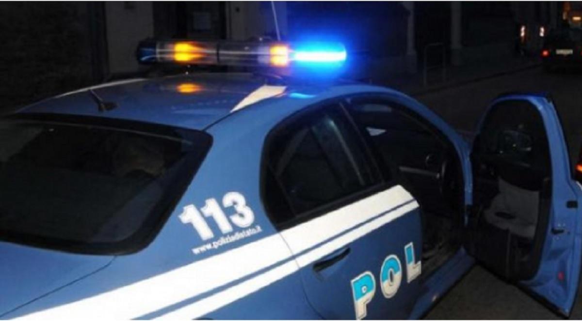 Poliţiştii italieni l-au reţinut pe românul acuzat că şi-a bătut şi şi-a abuzat soţia