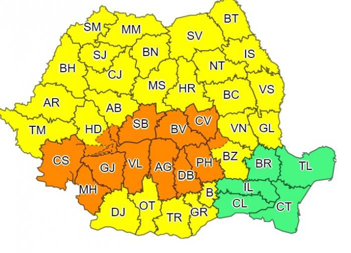 Coduri galben şi portocaliu de vijelii puternice în România, până duminică seară. Va ploua cât pentru două luni