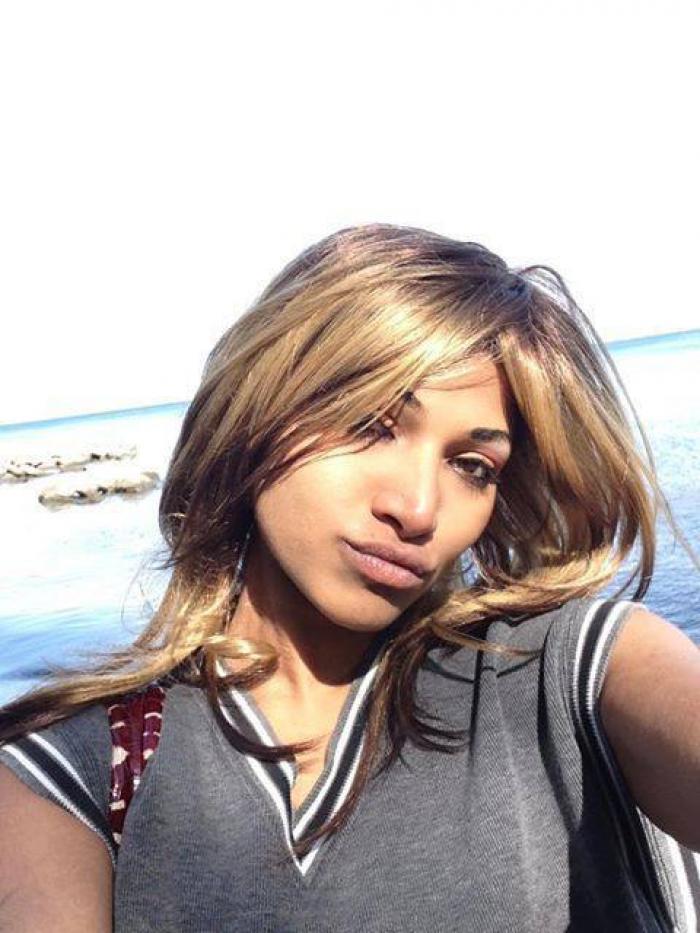 Tânără găsită moartă într-o valiză abandonată lângă un tomberon, pe o stradă din Toronto. Poliția cere ajutorul oamenilor, pentru prinderea criminalului