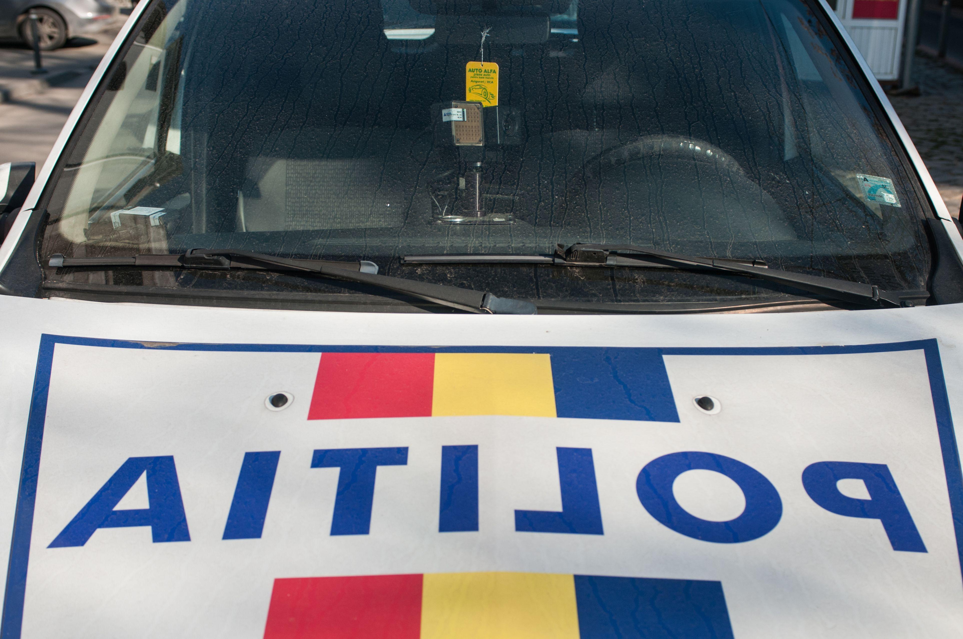 sancţiuni mai dure pentru cei care conduc pe contransens sau merg pe banda de urgenţă, pe autostradă