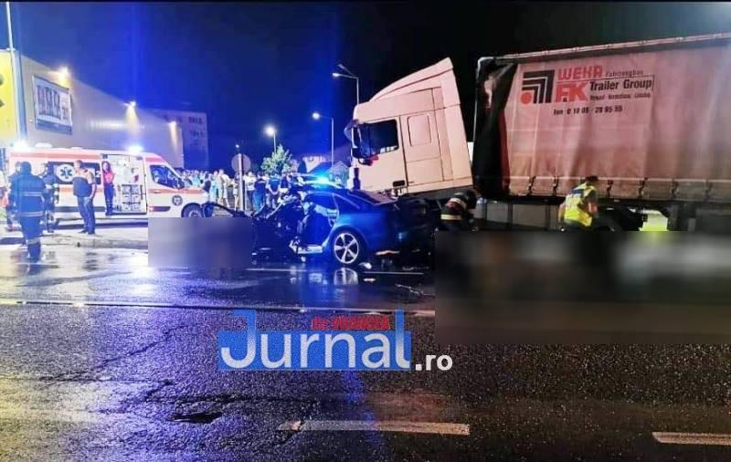 Impact devastator între un Audi A6 şi un TIR. Trei tineri au murit pe Centura Focşaniului