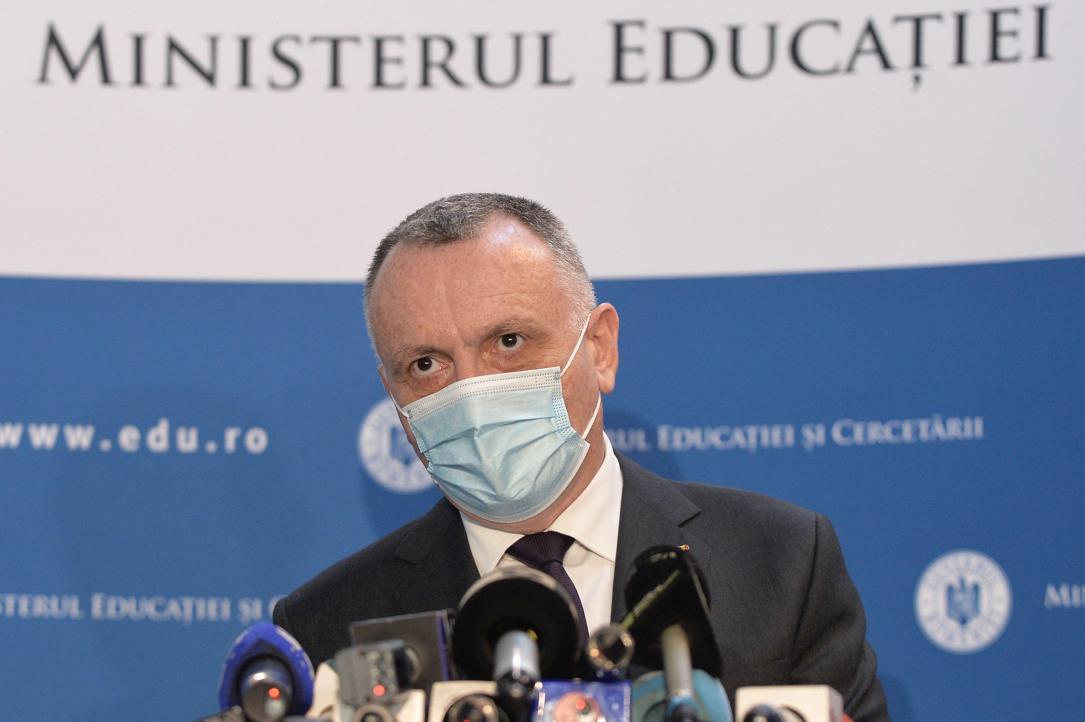 Ministrul Educației, îngrijorat de rezultatele de la titularizare