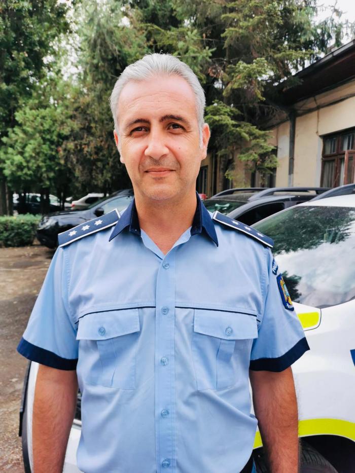 Polițistul care a ajutat la evitarea unei tragedii.