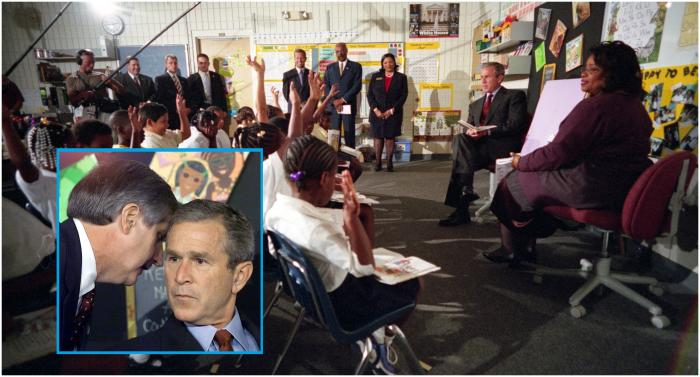 George W. Bush primește vestea atacurilor de la 11 septembrie 2001 în timpul unei lecții la o școală din Florida