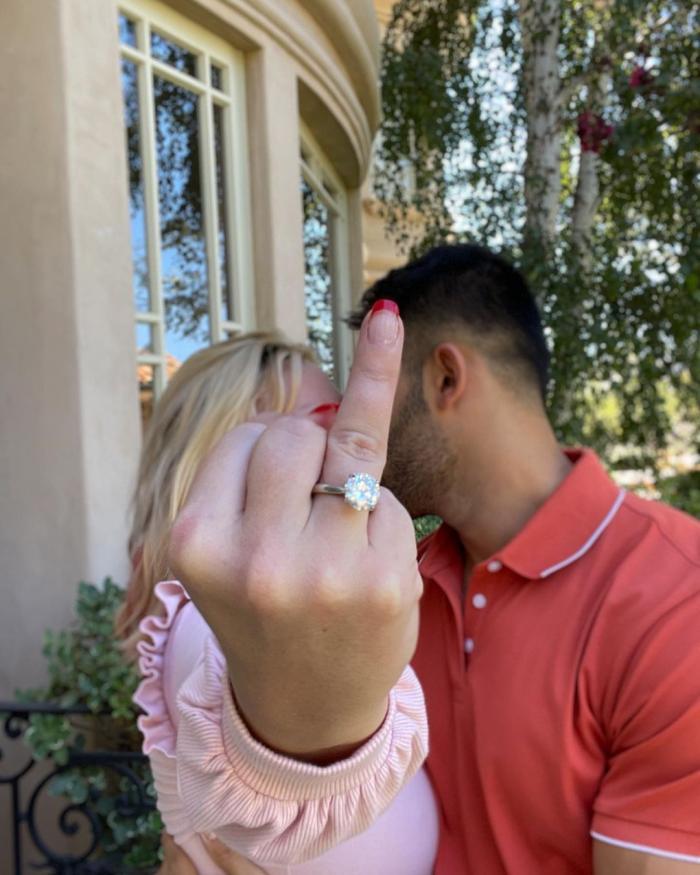 Britney Spears şi Sam Asghari