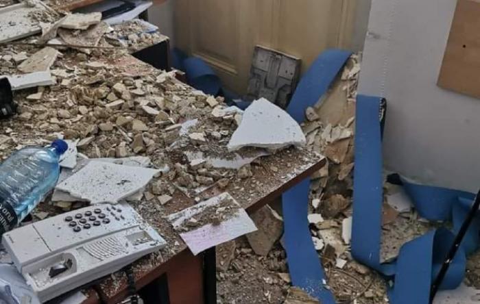 Tavanul unei secţii de Poliţie din Bucureşti s-a prăbuşit