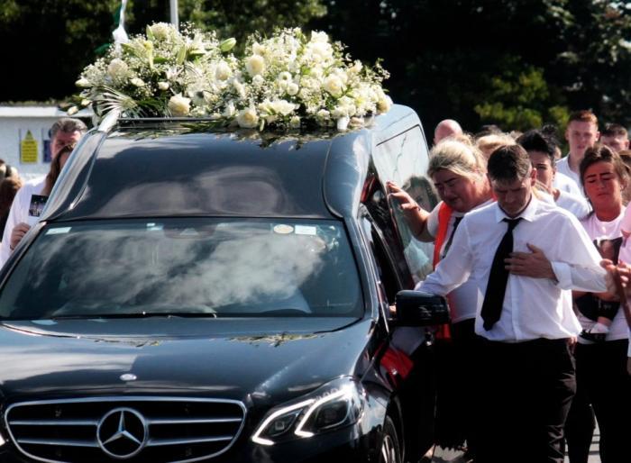 Bărbatul a murit cu doar câteva ore înainte de nuntă
