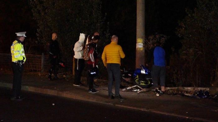 Motociclist mort nevinovat, spulberat pe un drum din Târgoviște. Un șofer a trecut cu mașina peste linia dublă continuă