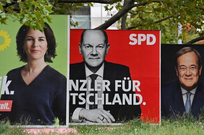 Social-democrații au câștigat alegerile federale din Germania, arată rezultatele preliminare. SPD a obținut 25,7% din voturi, cu aproape două procente în fața blocului conservator CDU/CSU