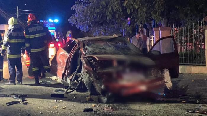 Accident cumplit la Baia Mare, după ce un tânăr și-a confundat fosta iubită, care a urcat în mașină altui băiat