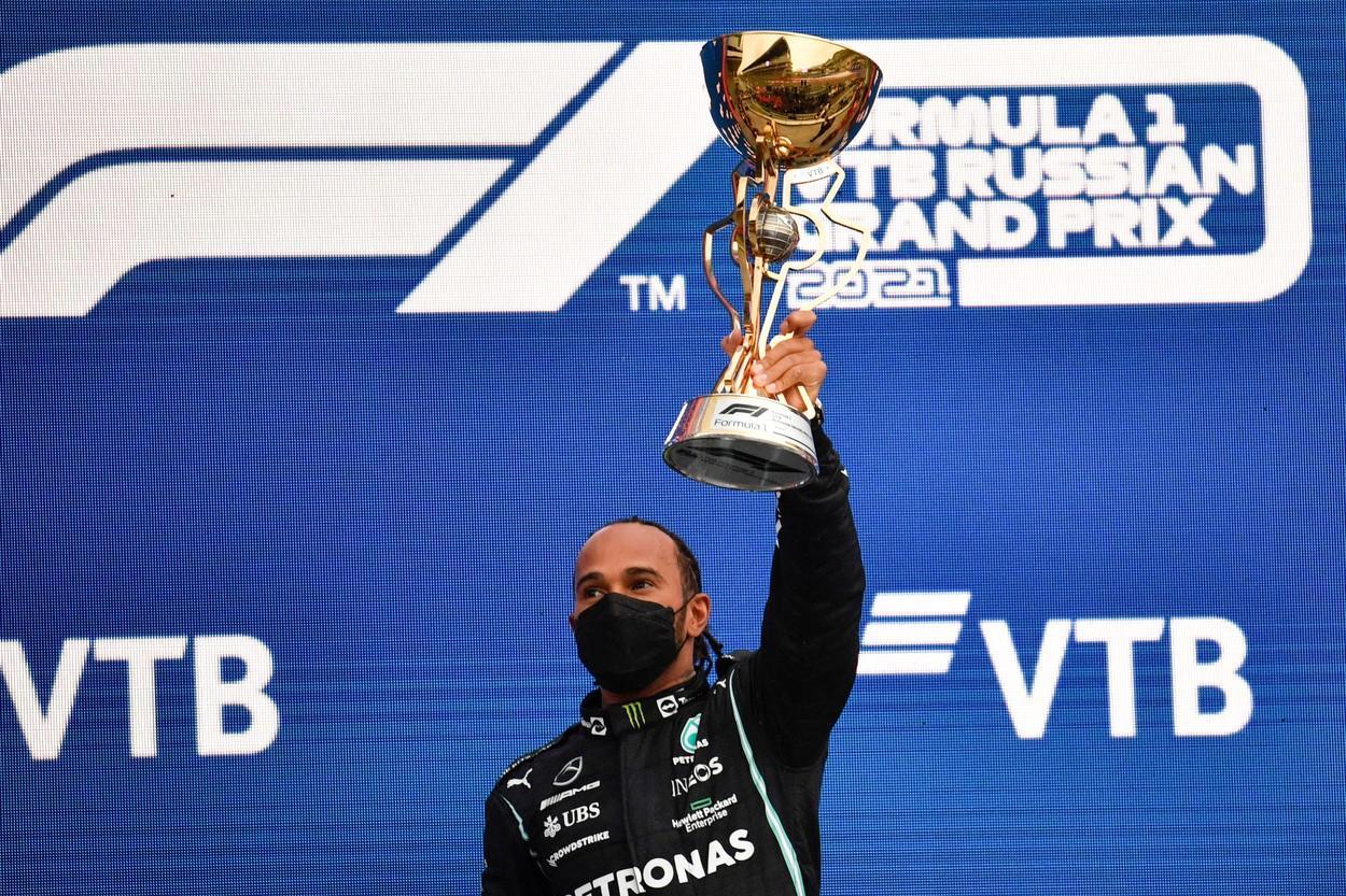 Lewis Hamilton a obţinut victoria cu numărul 100, la Marele Premiu al Rusiei