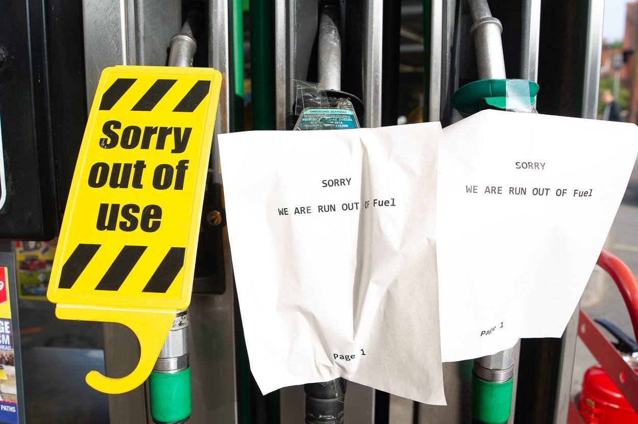 Criză de combustibili în Marea Britanie