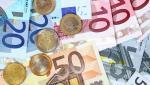 Prognoză sumbră despre cursul valutar: Euro ar putea trece pragul de 5 lei în următoarele 6 luni