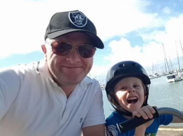 ''Este timpul să te odihnești, ai luptat prea mult!''. Durerea din glasul unui tată, înainte  ca fiul de 9 ani să piardă bătălia cu o formă rară de cancer, în Australia