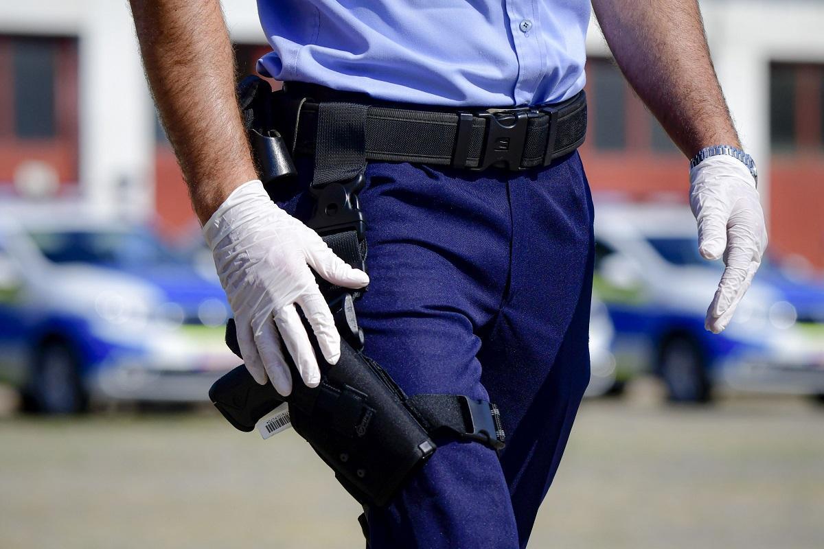 Poliţist bucureştean, prins drogat chiar înainte să intre la muncă
