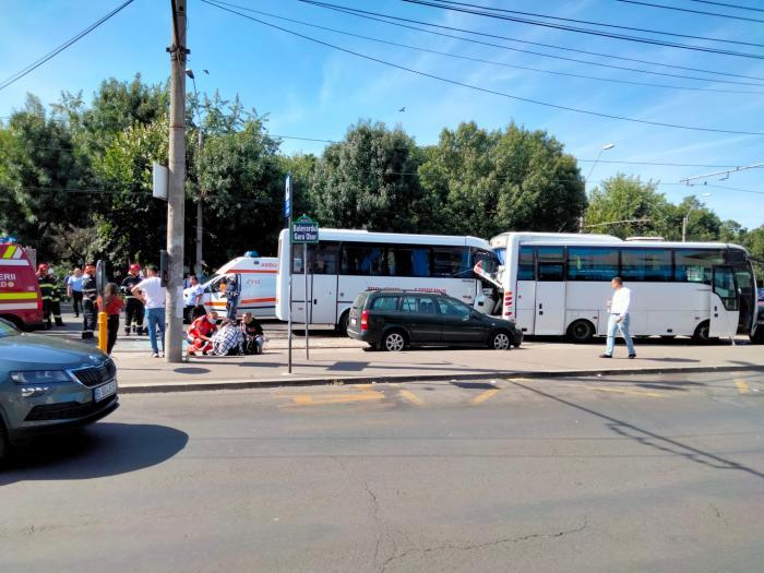 Un şofer de autobuz a făcut infarct la volan
