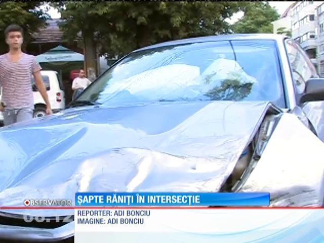 Buzău: Nouă răniţi în urma unui accident în care au fost implicate un microbuz şi două autoturisme