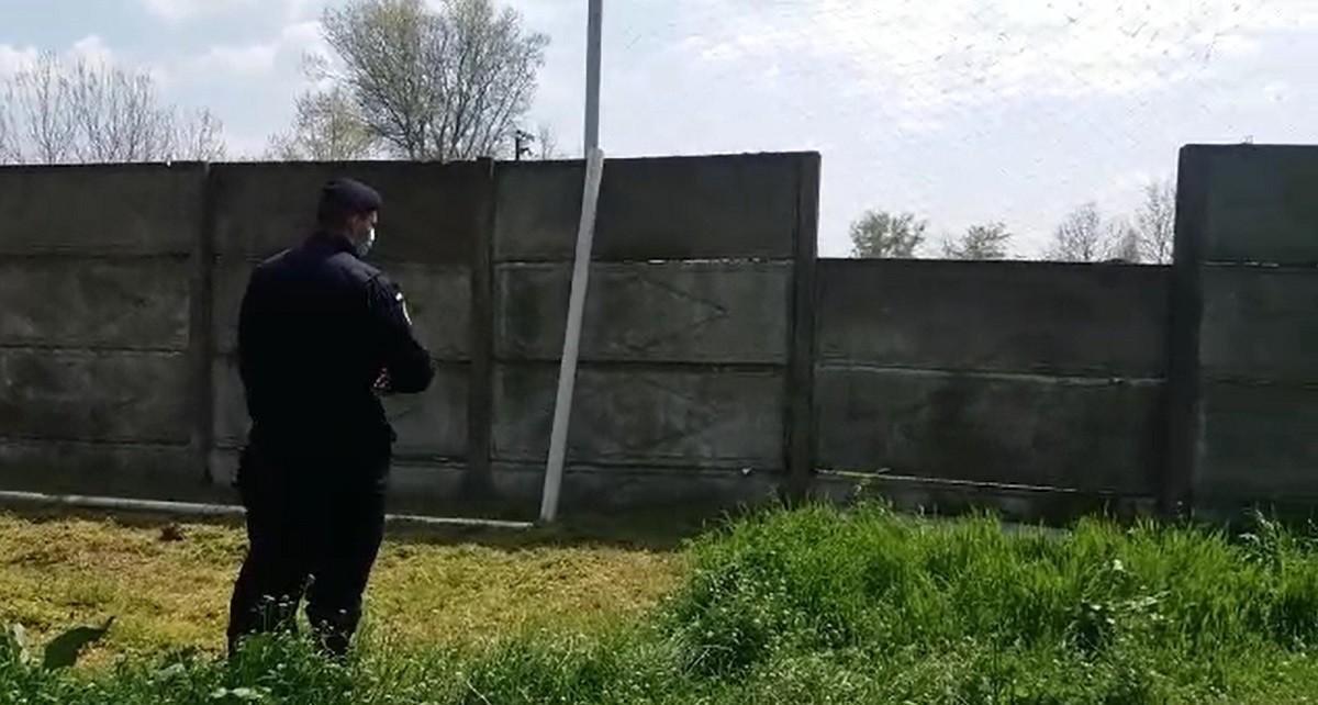 Un băiețel de 11 ani a murit în Galați, după ceo placă de beton s-a prăbușit peste el. Copilul s-a stins la spital