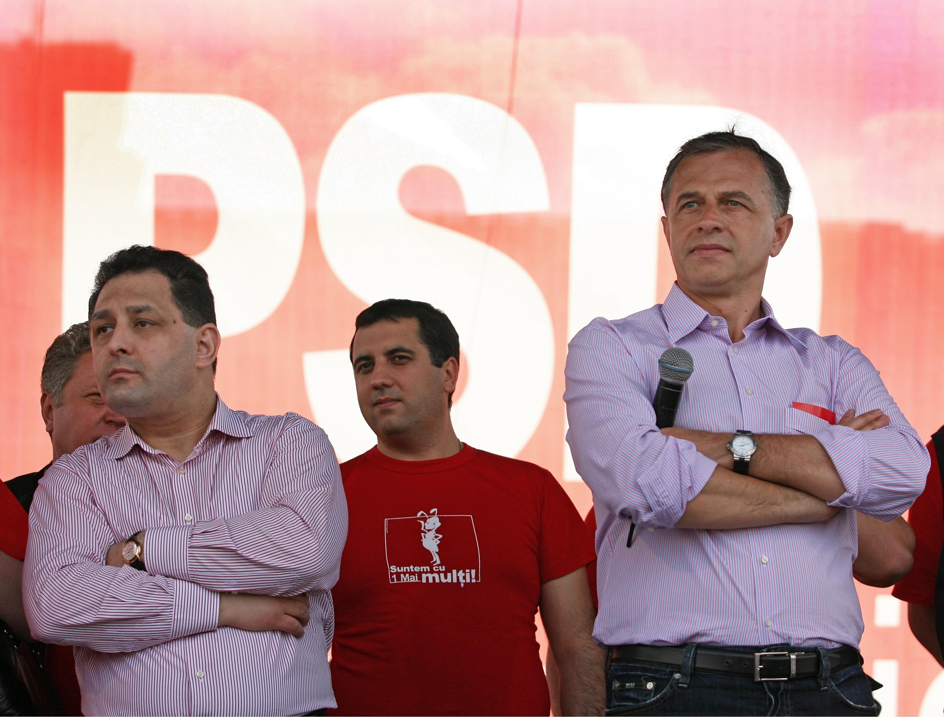 Mircea Geoană îşi primeşte ceasurile de lux înapoi. Ce măsuri a mai luat instanţa împotriva lui Marian Vanghelie, pe lângă condamnarea la închisoare