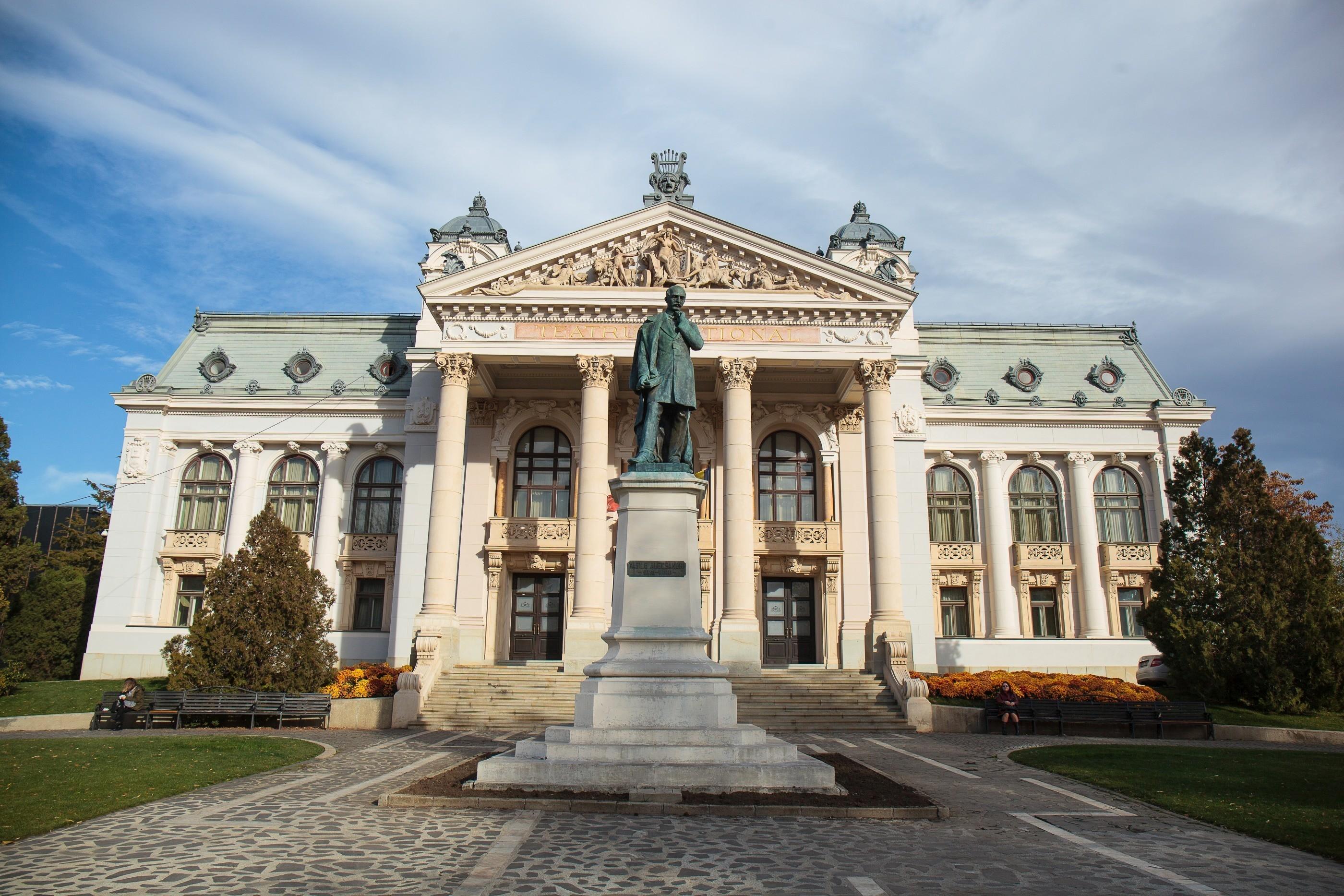 Opera Națională Română Iași, decizie lăudabilă: Bilete gratuite pentru elevii care învaţă bine