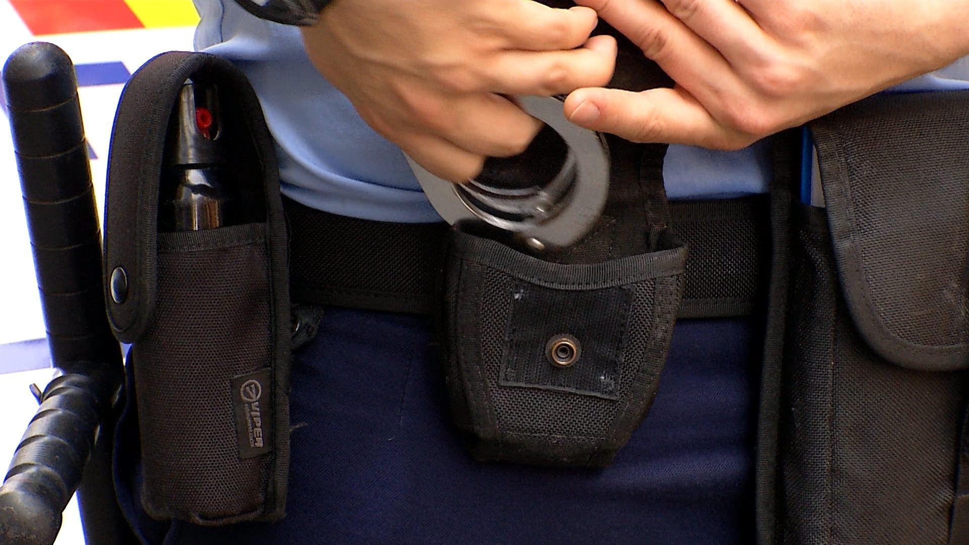 Un poliţist din Constanţa a fost arestat după ce a bătut un bărbat până l-a băgat în comă. După ce a comis fapta, a mers să bea