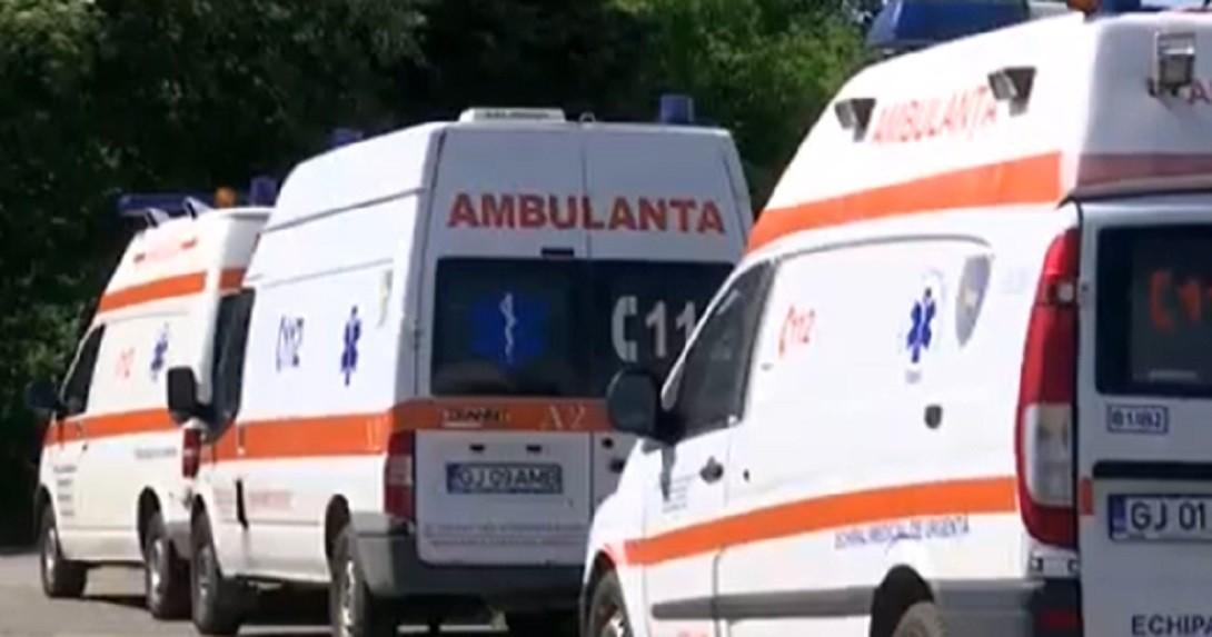 Zece ambulanțe din cadrul SAJ Gorj au ruginit din cauza clorului folosit pentru dezinfecţie
