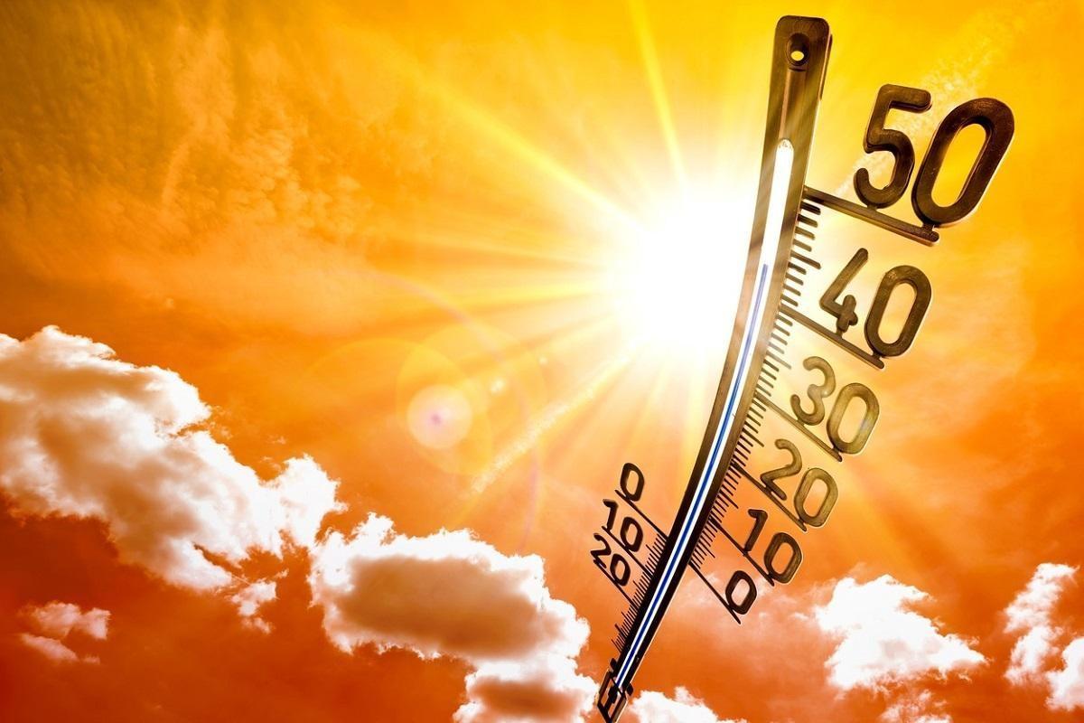 ANM a emis noi alerte de vreme extremă. Urmează trei zile de caniculă, cu temperaturi de peste 38 de grade Celsius, la umbră