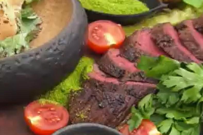 Secretul unei fripturi perfecte de vită. Greșeala pe care o fac mulți români când gătesc carnea de vită