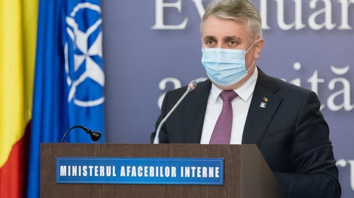 """Fenomenul """"vaccinării la chiuvetă"""". Ministrul Bode: Sunt în lucru 200 de dosare penale în care sunt cercetate 450 de persoane"""