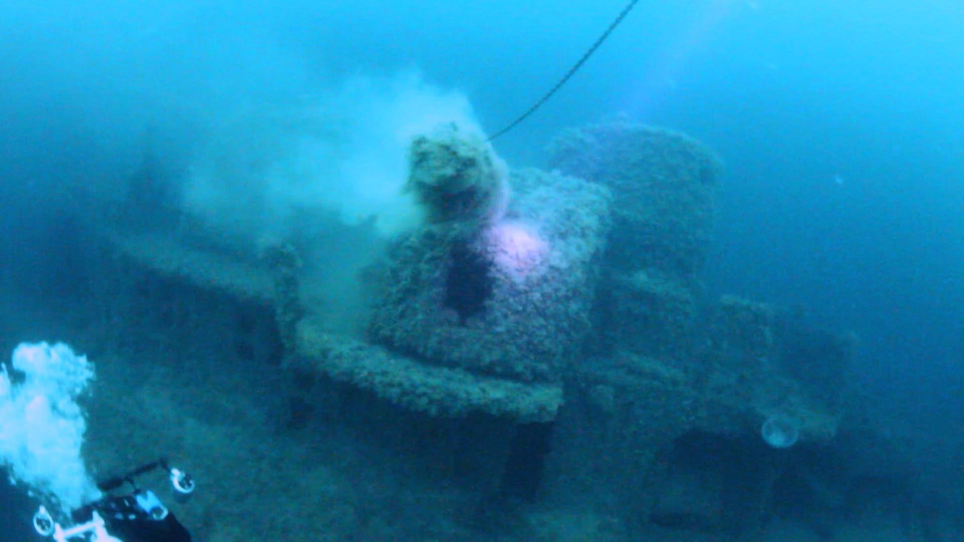 Epavele unor corăbii din lemn, găsite în apele Mării Negre