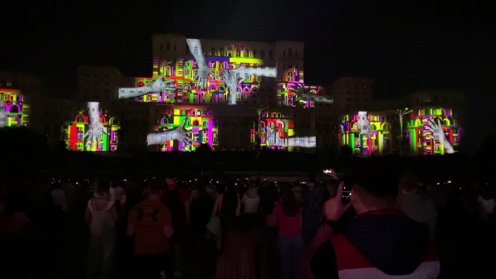 iMapp Bucharest a adus laolaltă peste 30.000 de spectatori. Premiul cel mare a fost câştigat de un artist german
