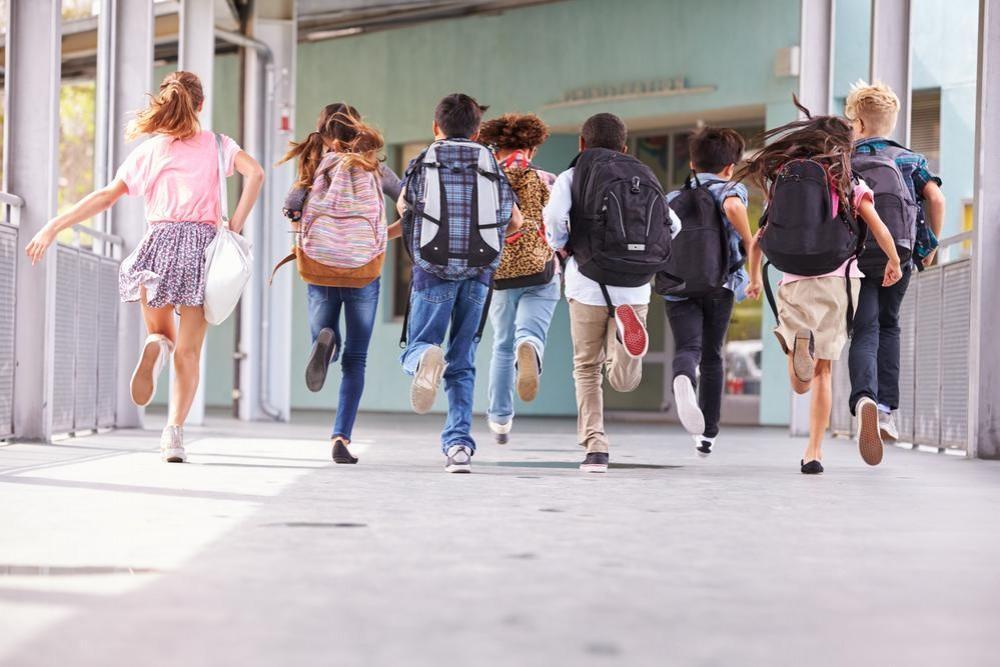 Şcolile rămân deschise în orice scenariu. Vineri se va stabili modul de funcționare al instituţilor de învăţământ