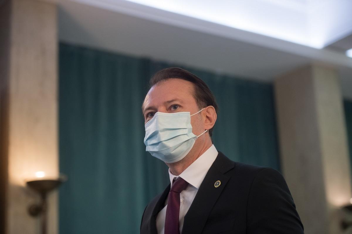 Florin Cîţu vrea ca industria HORECA să rămână deschisă pentru vaccinaţi, chiar şi după depăşirea pragului de 6 cazuri la mia de locuitori