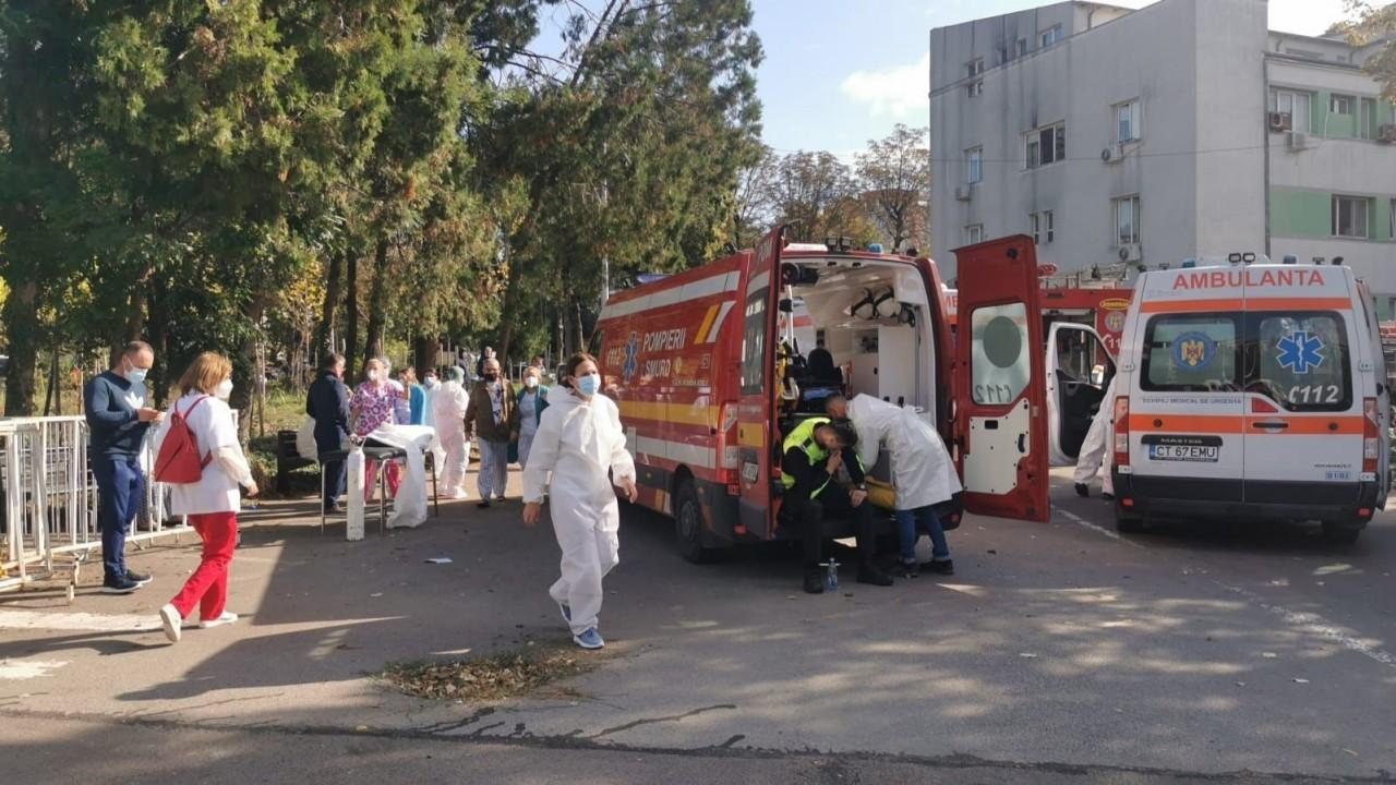 Ce este Planul Alb, activat după incendiul de la secția ATI la Spitalul de Boli Infecțioase Constanța. Echipaje din Călăraşi şi Ialomiţa au fost trimise