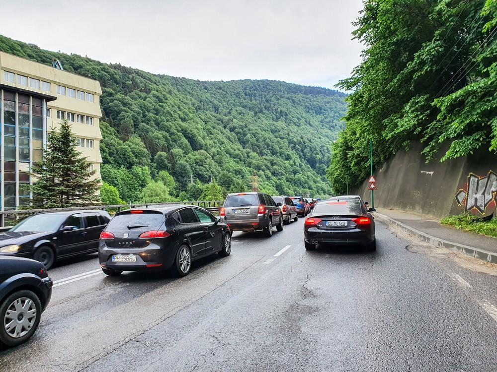 A fost finalizat unul dintre cele două şantiere de pe DN1. Traficul rămâne în continuare o provocare pentru şoferi