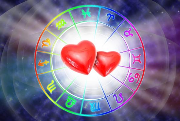Horoscopul zilei de 23 octombrie 2021. Gemenii pun multă presiune pe ei. Află ce se întâmplă cu zodia ta