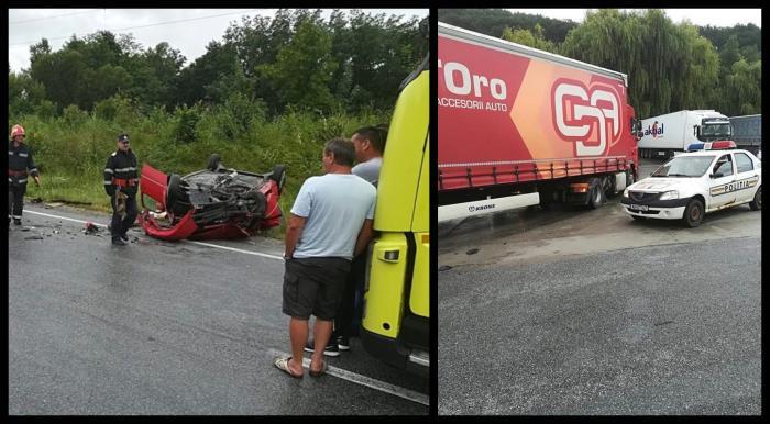 Accident mortal la Plugova, în Caraş Severin. Un autoturism a lovit un TIR şi soţia şoferului a pierit pe loc