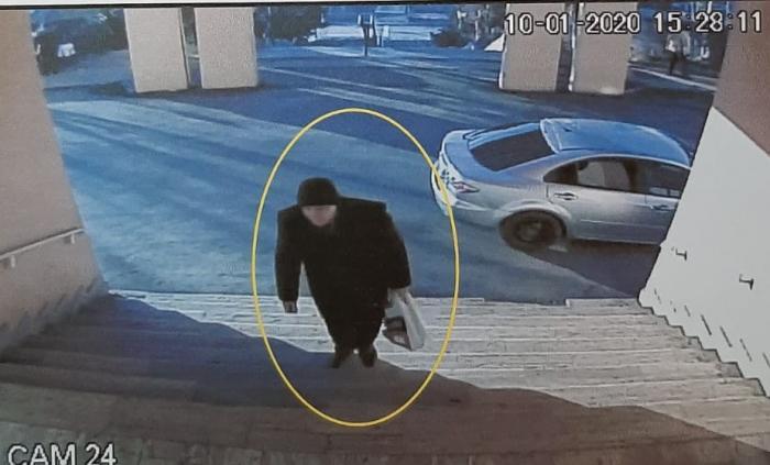Imagini din spital cu bărbatul care şi-a ucis soţia în cabinet, la Piatra Neamţ (Video)