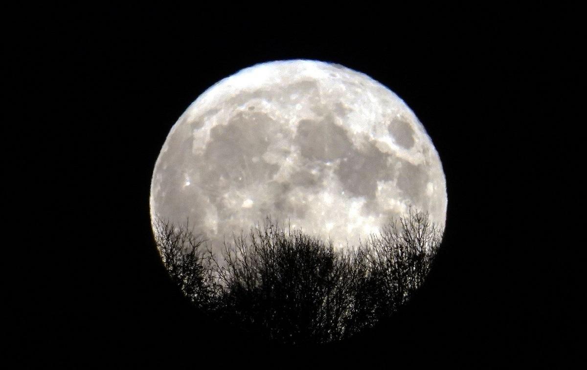 China ar putea deveni a treia țară care va colecta roci de pe Lună, din ultimii 40 de ani