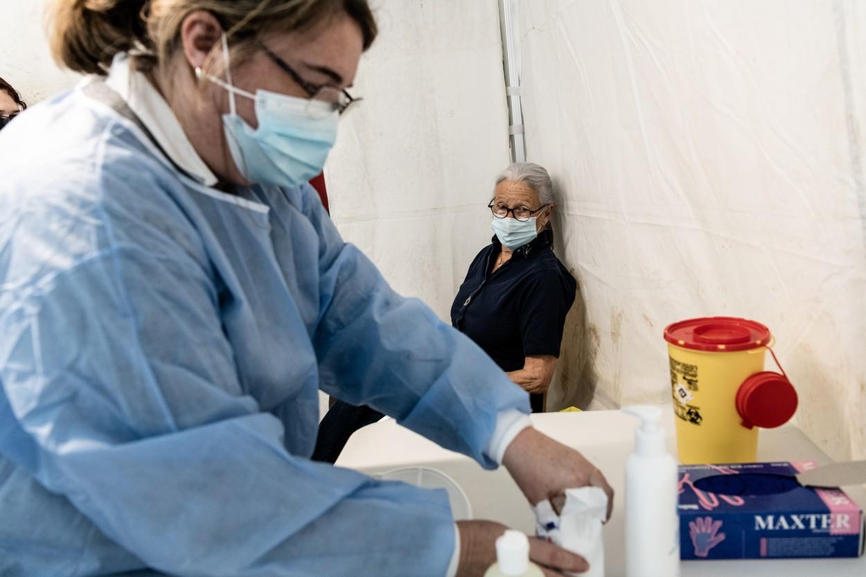 Norvegia recomandă prudență în administrarea vaccinului Pfizer-BioNTech în cazul pacienților fragili
