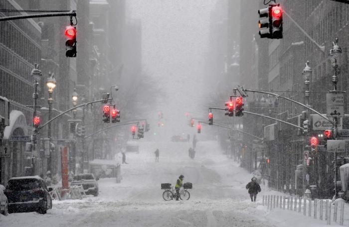 Autorităţile din New York și din New Jersey au fost nevoite să declare stare de urgență