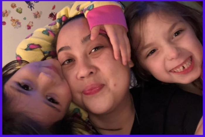 Makenzie Gongora alături de sora şi mătuşa ei