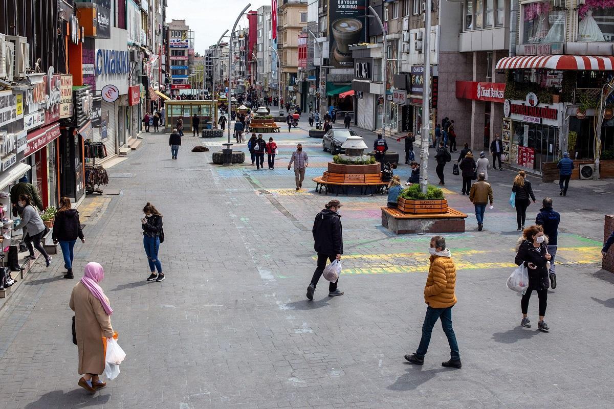 După 15 aprilie, autorităţile turce vor stabili dacă turiştii străini vor mai trebui să prezinte rezultat negativ la teste anti-Covid-19 la frontiera Turciei