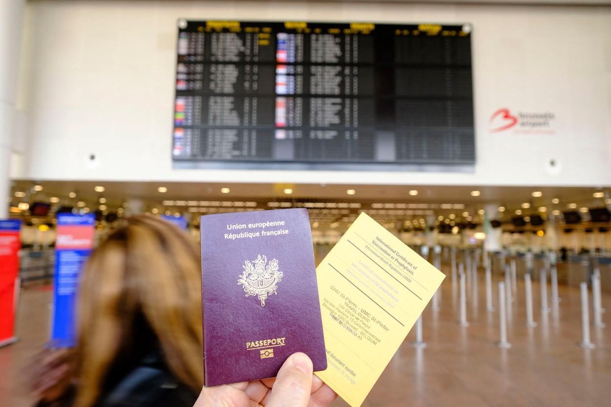 Anunțul Comisiei Europene despre pașaportul digital de vaccinare. Afirmaţiile Ursulei von der Leyen au fost criticate