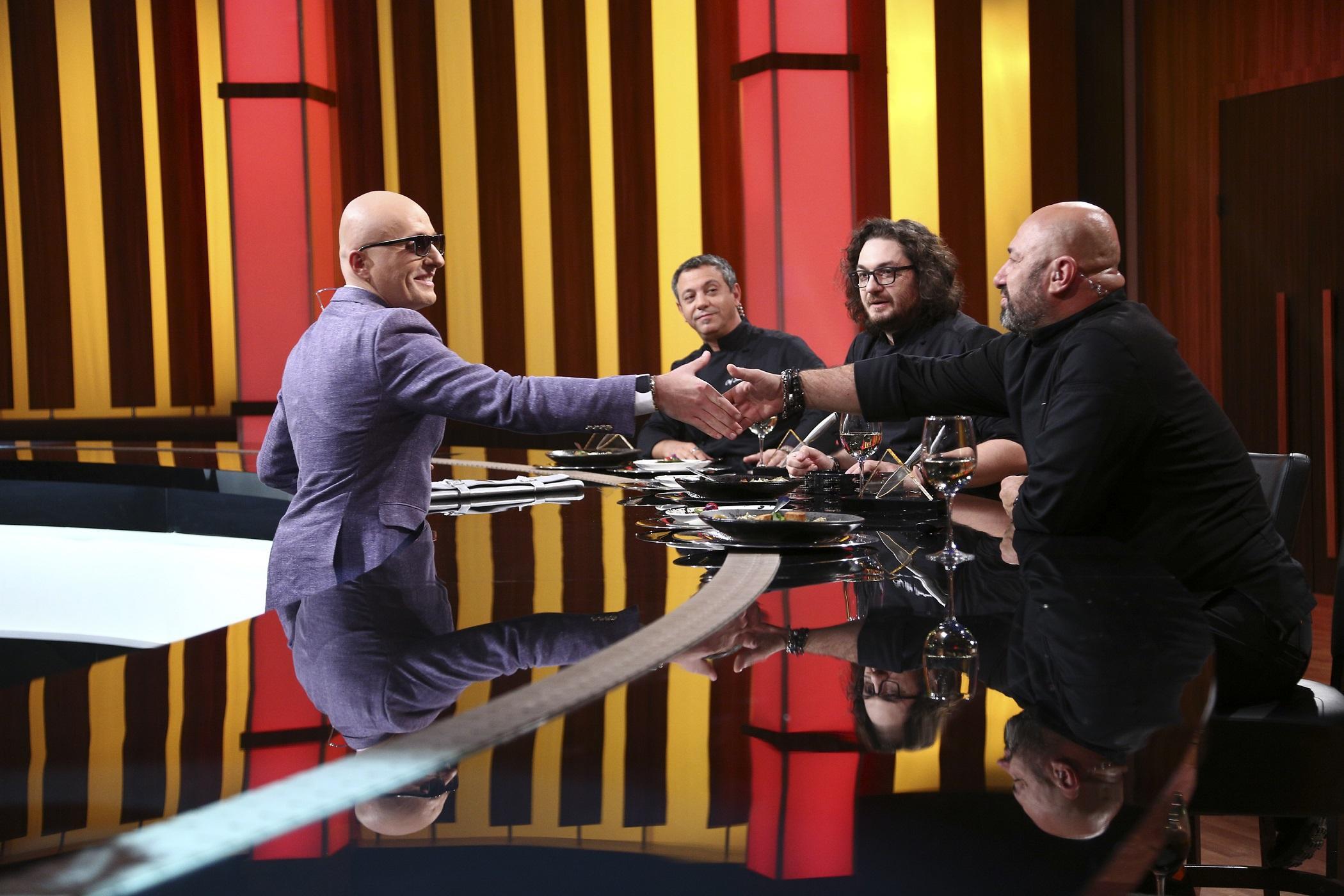 30 pe Antena 1. Costi Ioniță îi surprinde astăzi pe chefi cu un preparat sănătos