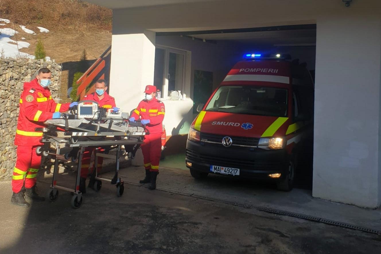 Bărbat în stop cardio-respirator, salvat de la moarte de un sergent SMURD aflat în timpul liber, în Maramureș