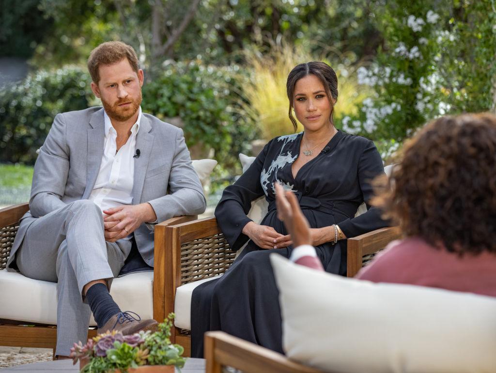 """Prinţul Harry şi Meghan Markle au dezvăluit că s-au simţit izolaţi în familia regală. Ducesa de Sussex: """"Nu voiam să mai trăiesc"""""""