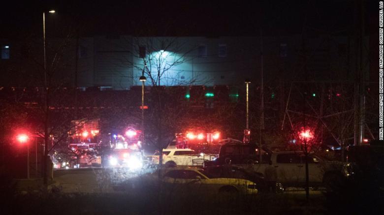 Poliția este prezentă la un atac armat în Indianapolis
